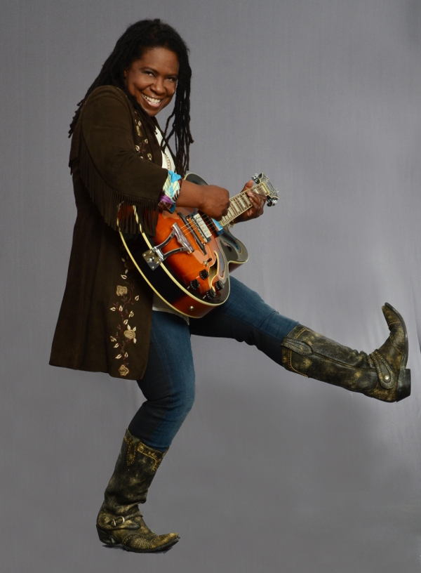 Picture of Ruthie Foster rocking out with a guitar